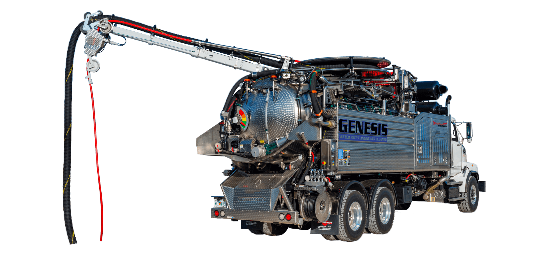 GENESIS Water recycling sewer cleaner with boom
